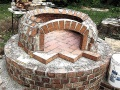 Tuscan pizza oven dome construction 1.jpg