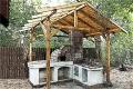 Pizza oven shelter 01.jpg