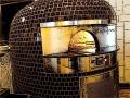 Brick pizza oven neapolitan 02.jpg